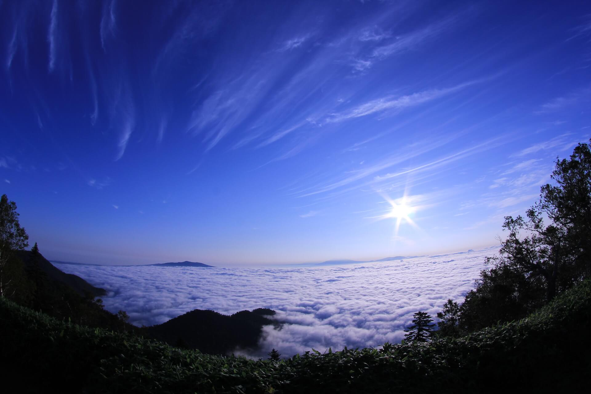 Float Away in Lake Kussharo's Otherworldly Sea of Clouds
