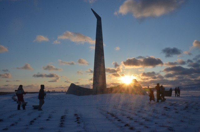 Experience a Magical Winter Sunrise at the Northernmost Monument in Hokkaido