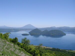Experience the Power of Volcanoes at Lake Toya, Mount Usu, and Nearby Hot Springs