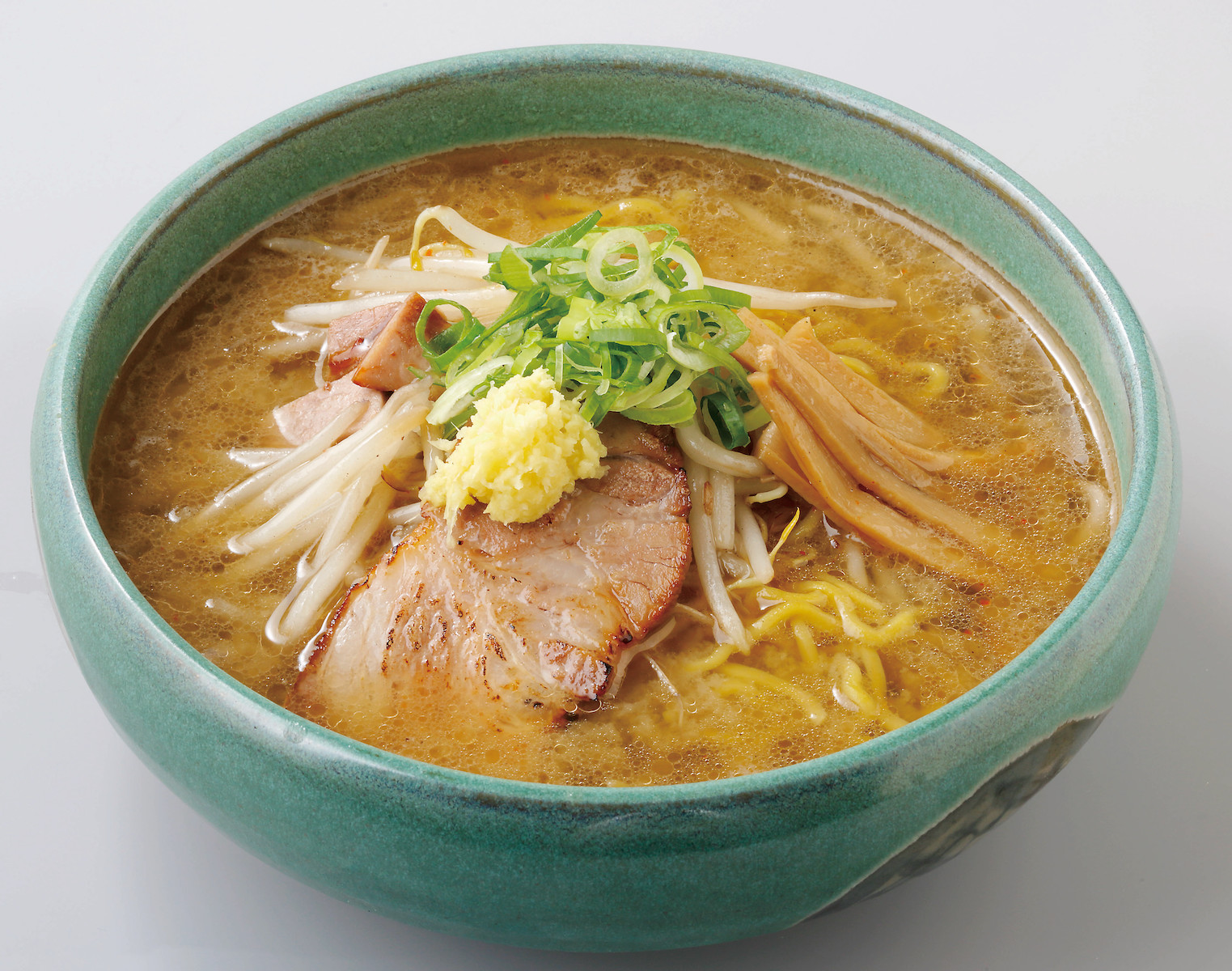 Menya Saimi's take on Miso Ramen features medium-thick curly noodles. Their hearty taste balances well with the thick broth.