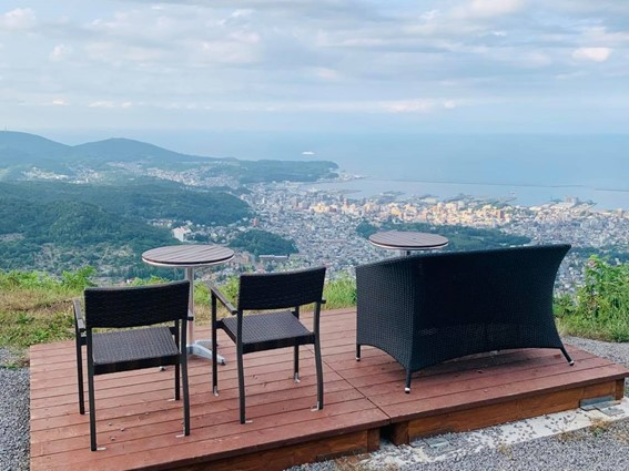 Visit Tengu Yama's new TENGUU Terrace for panoramic views of the whole of Otaru
